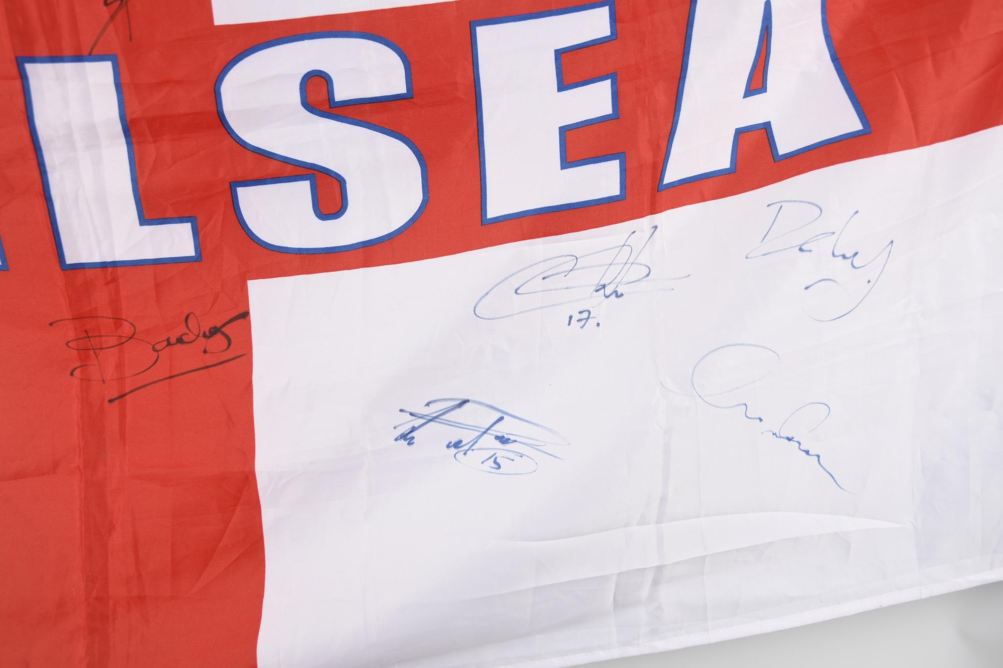 CHELSEA STARS & SIGNED FLAG Original Signature - Image 5 of 11