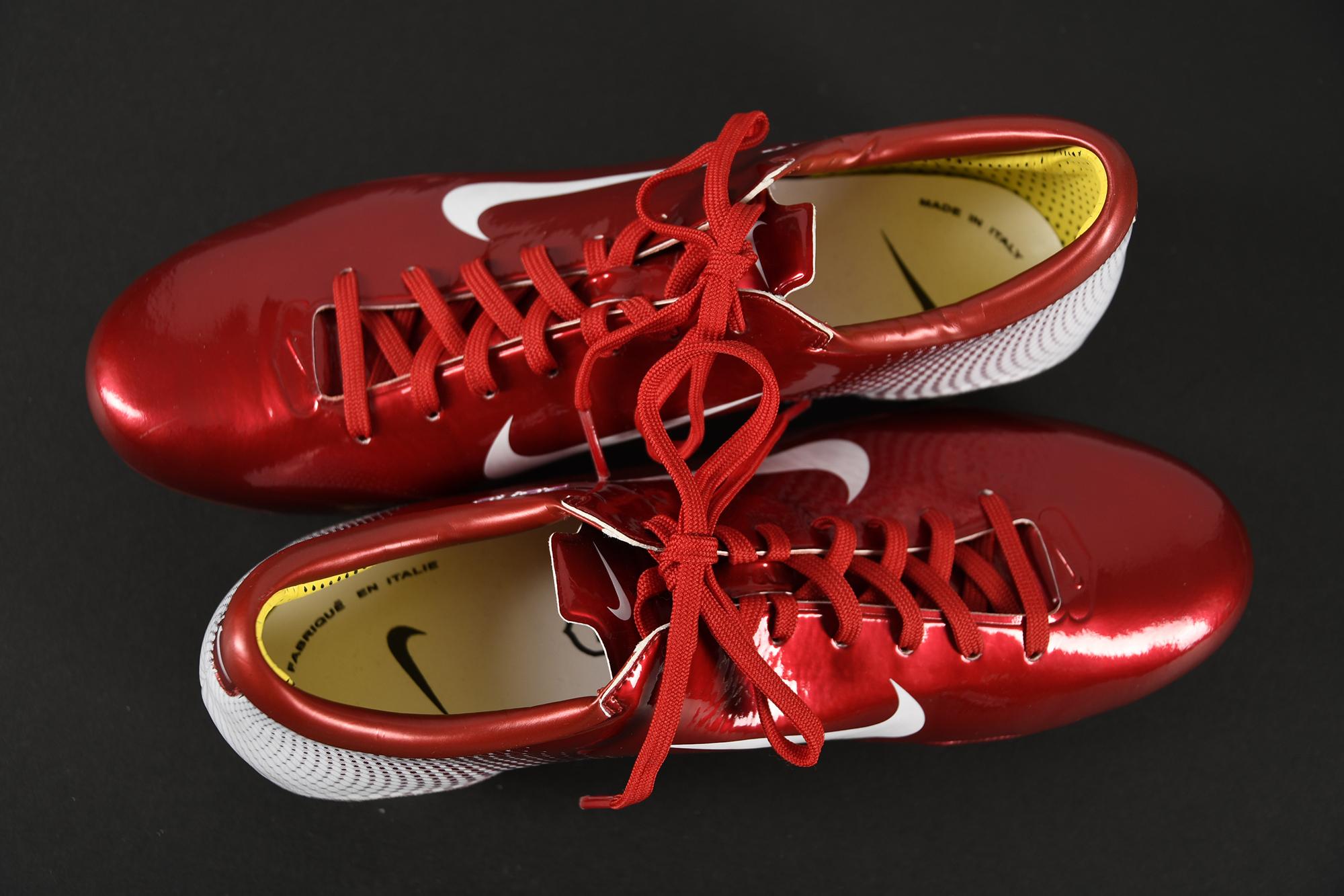 LOUIS SAHA Personalised Football Boots - Image 2 of 5