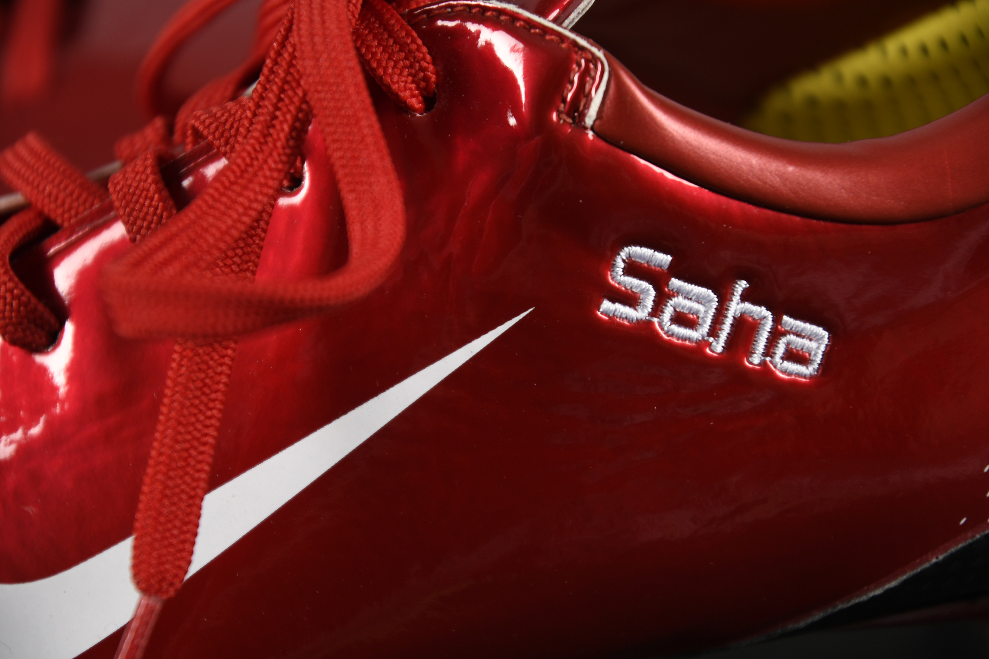 LOUIS SAHA Personalised Football Boots - Image 3 of 5
