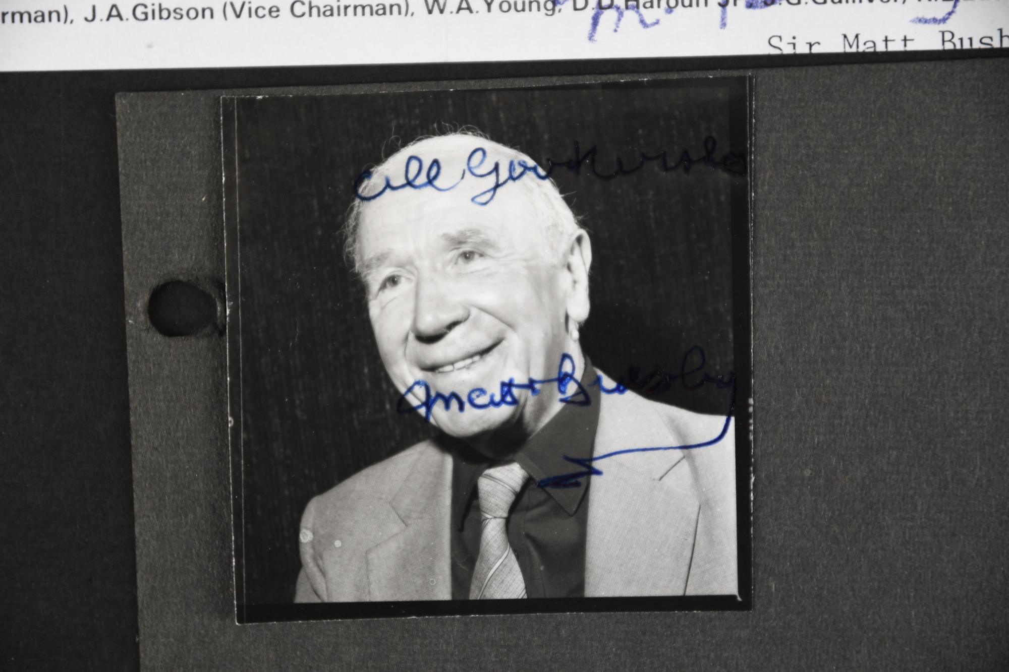 MATT BUSBY Original signature - Image 3 of 3