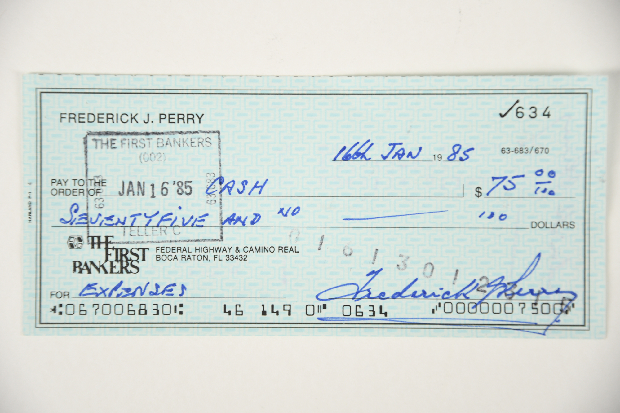 FRED PERRY Original signature on cheque.