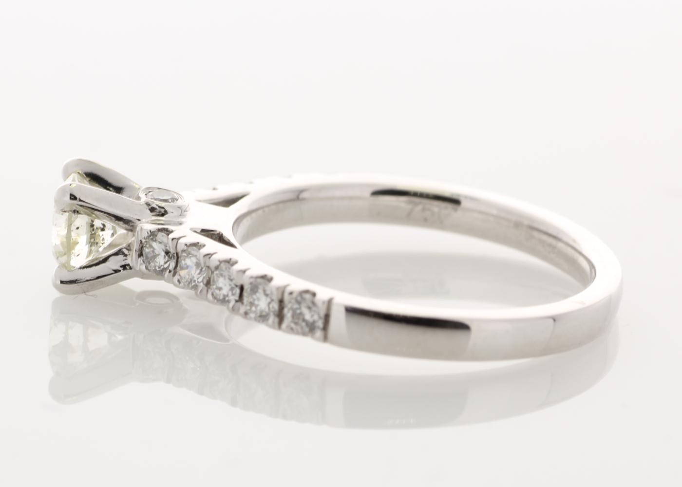 18k White Gold Stone Set Shoulders Diamond Ring 0.91 Carats - Image 3 of 5