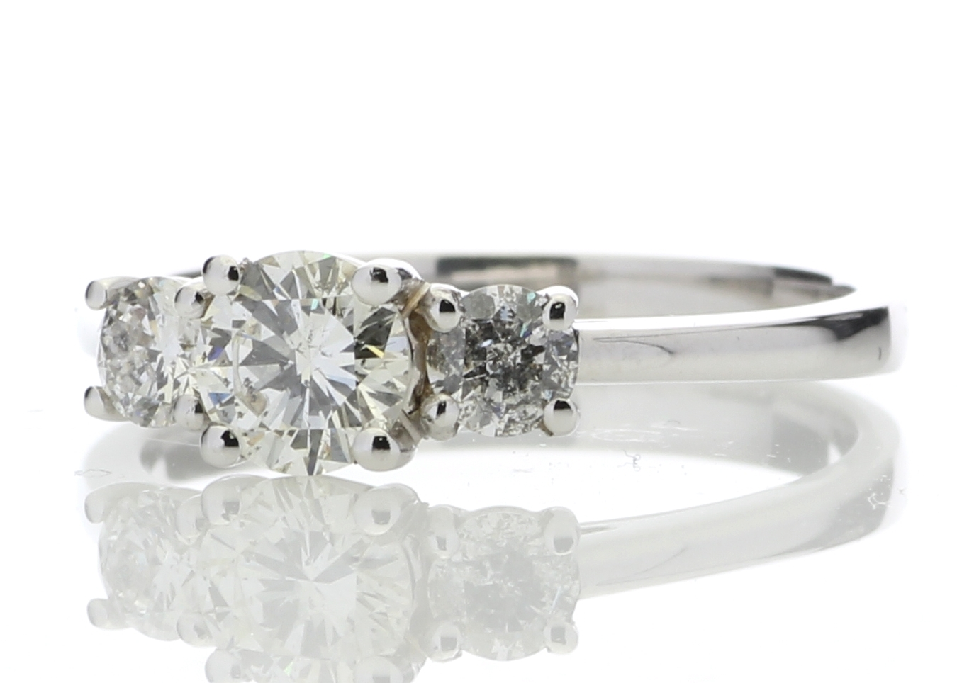 18k White Gold Three Stone Claw Set Diamond Ring 0.77 Carats - Image 2 of 5