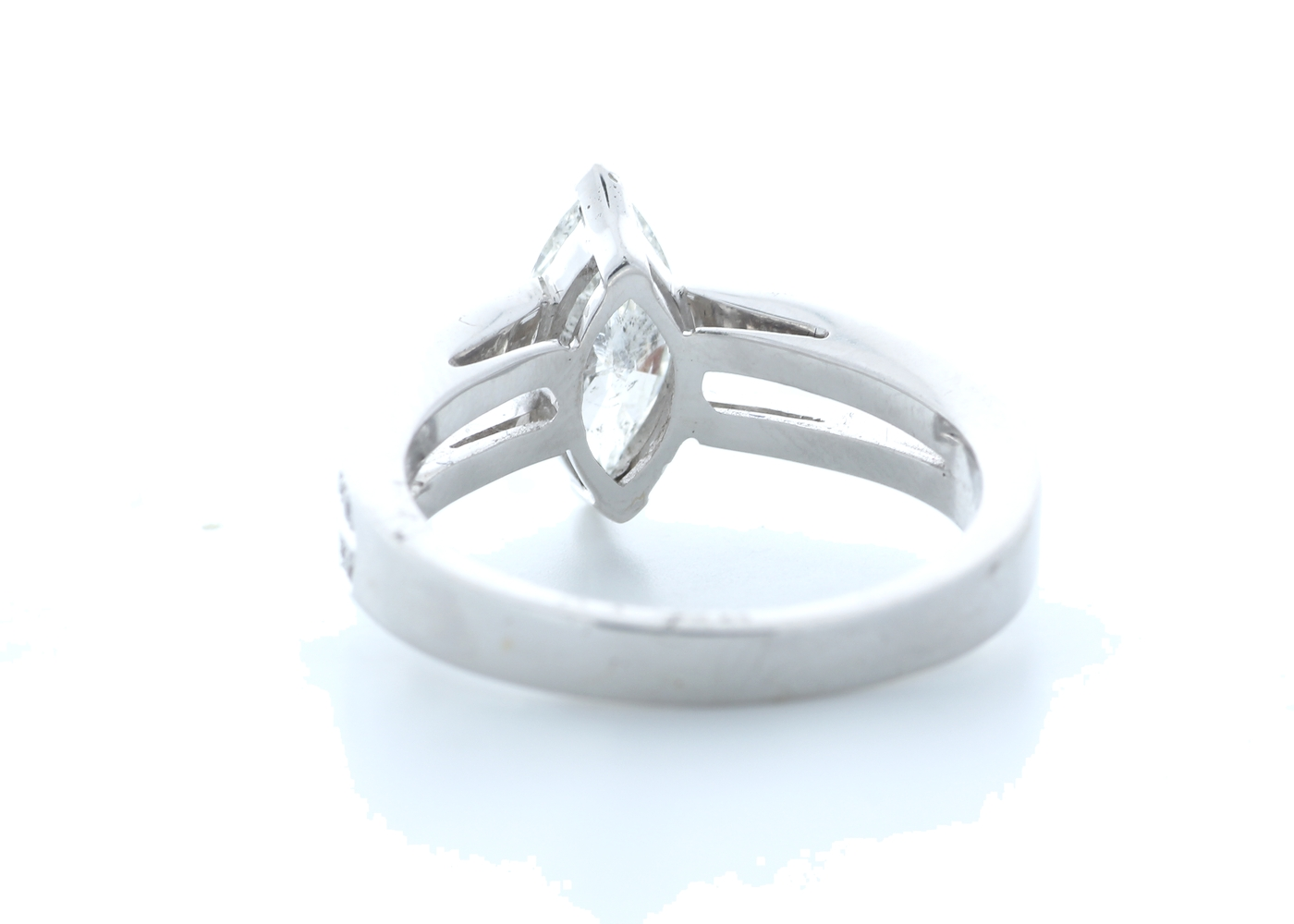 18k White Gold Marquise Cut Diamond Ring 1.41 (1.11) Carats - Image 3 of 5
