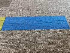 80 x Blue rectangular carpet tiles