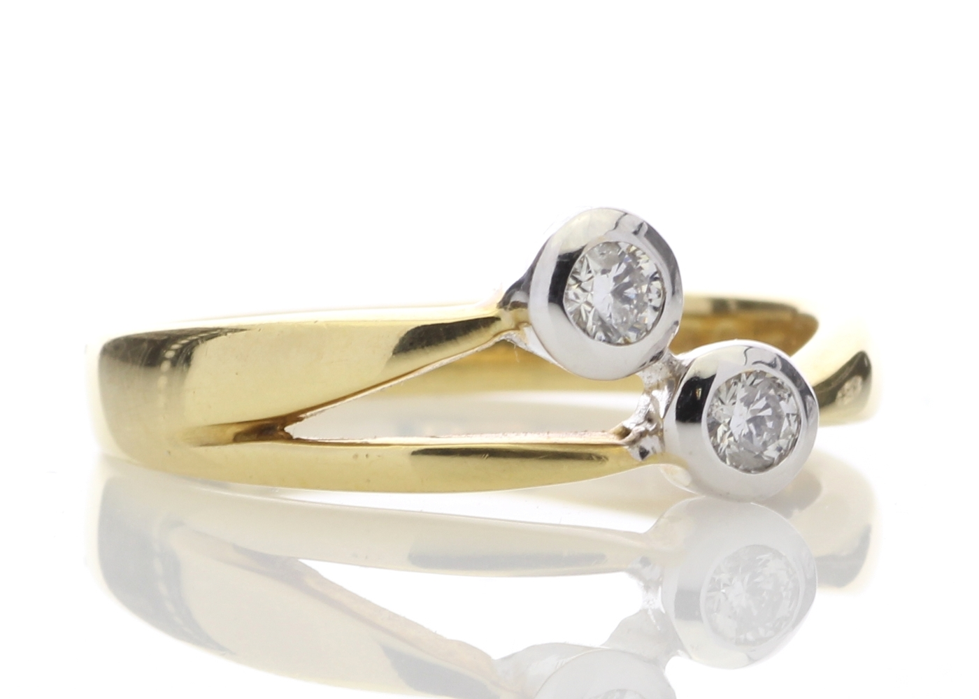 18ct Two Stone Rub Over Set Diamond Ring 0.25 Carats - Image 4 of 4
