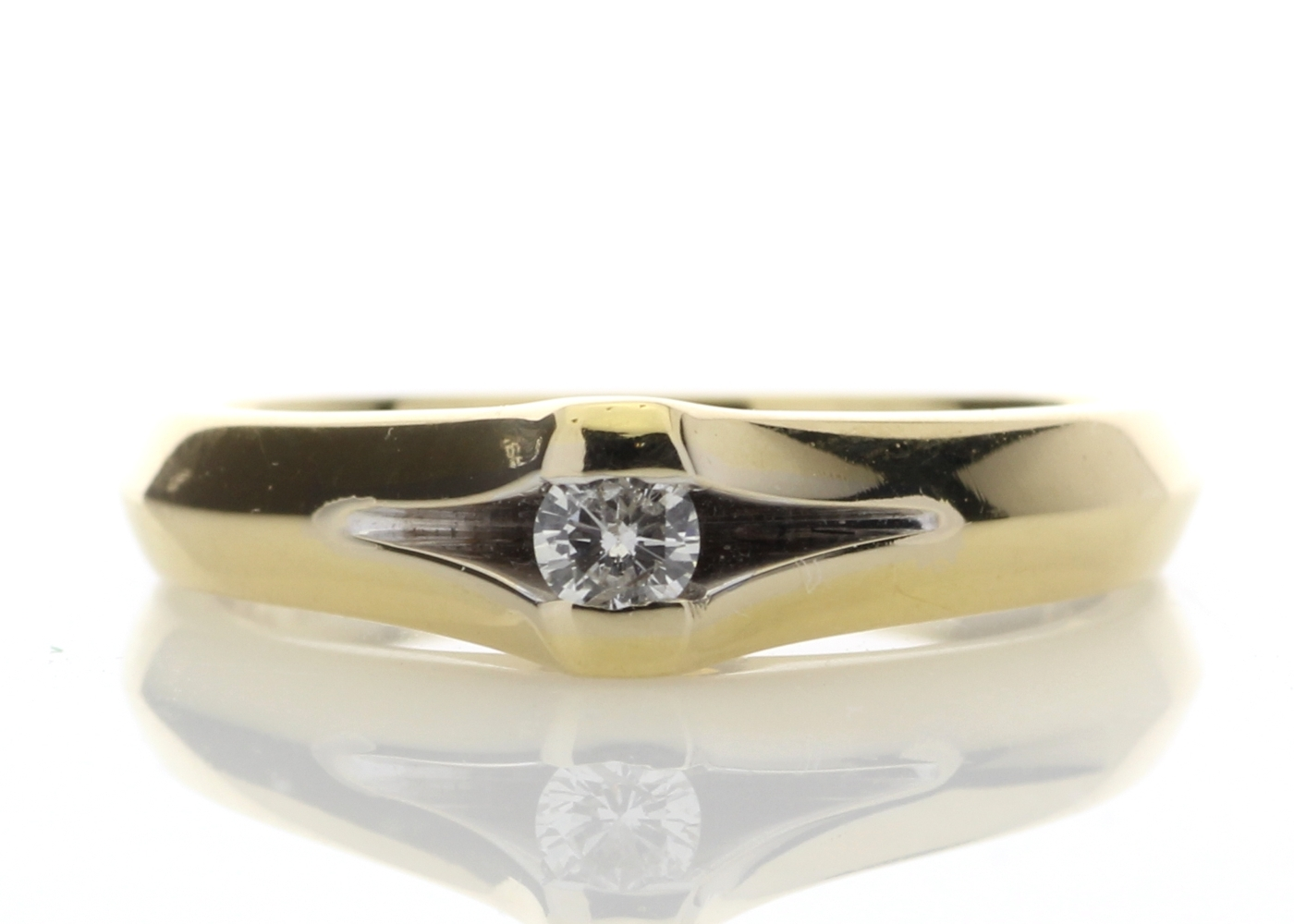 18ct Rub Over Set Diamond Ring F SI 0.10 Carats
