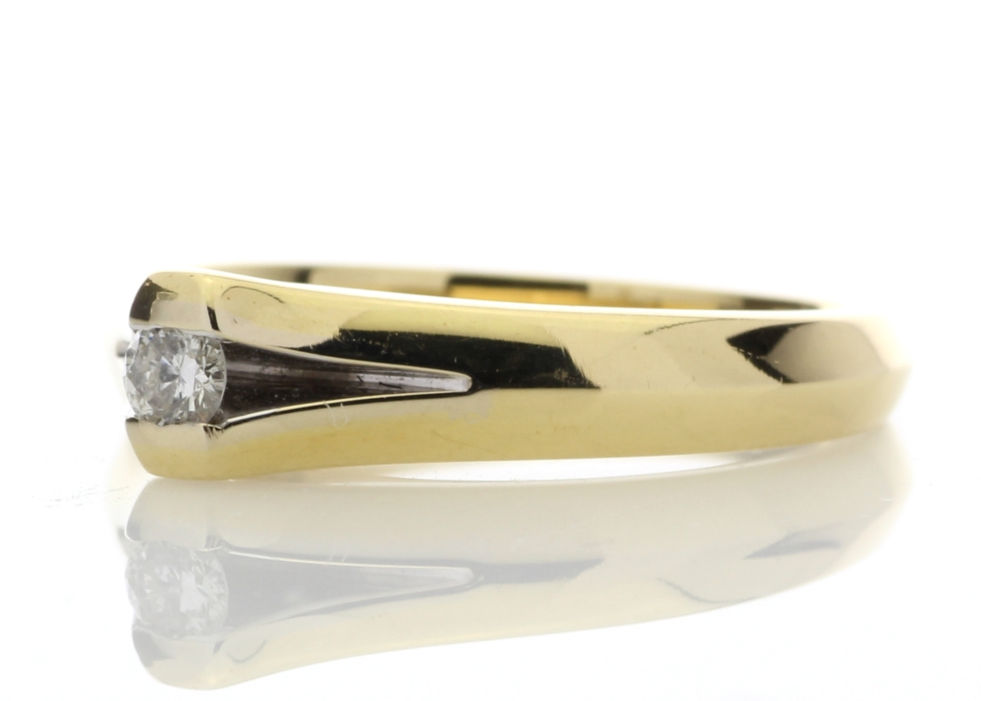 18ct Rub Over Set Diamond Ring F SI 0.10 Carats - Image 2 of 4