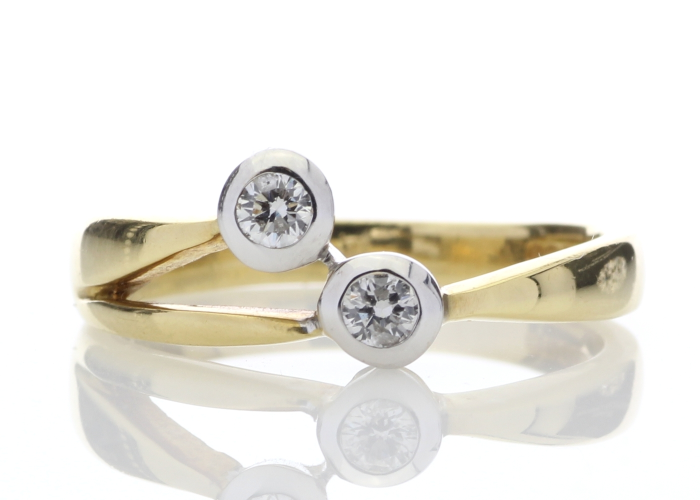 18ct Two Stone Rub Over Set Diamond Ring 0.25 Carats