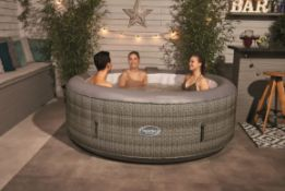 (R7J) 1x CleverSpa Florence 6 Person Hot Tub RRP £560.