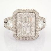 HRD Antwerp Certificated 14K White Gold Diamond Ring (Total 1.65 Ct. Stone)