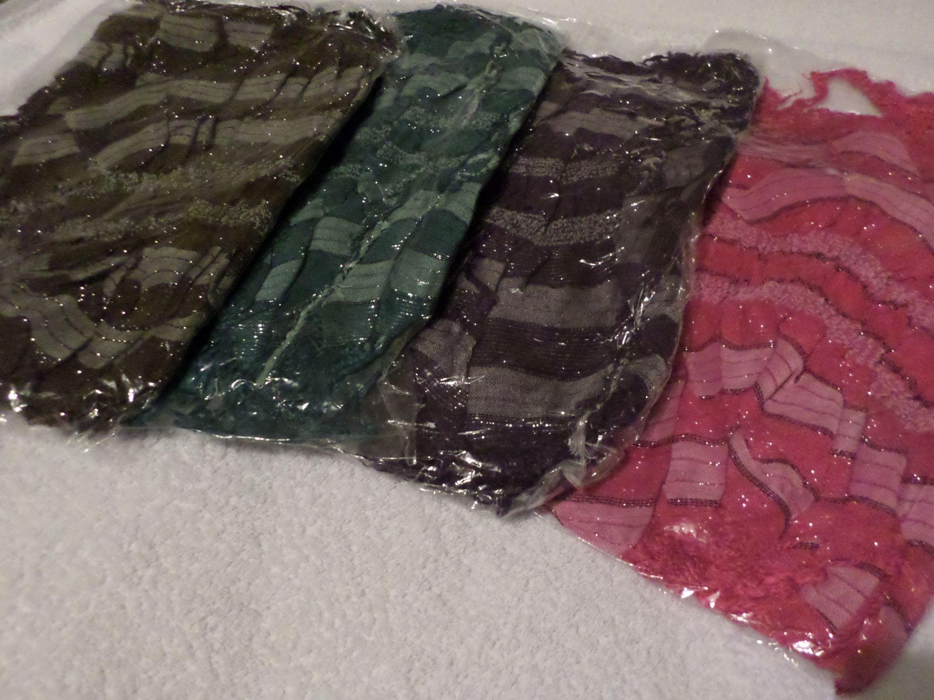 30 x Shoulder Scarves. RRP £300. Brand New - Image 2 of 2