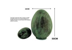 Mr Fredrik Egg, 50 cm, Collection, L, Bronze Green, 34.5 x 34.5 x 50 cm
