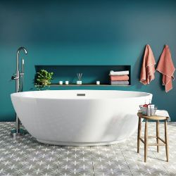 No Reserve Bathroom Stock Clearance   Baths, Vanity Units, Sinks, Showers