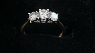 Beautiful Natural 1.09 CT Diamond Ring With 18k Gold
