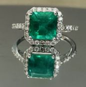 Beautiful Natural Emerald Ring With Diamonds And 18k White Gold