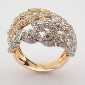18K Rose Gold Ring- Total 4,31 Ct. Diamond
