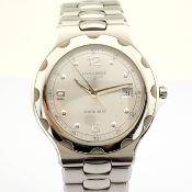 Longines / Conquest L16344 - Gentlmen's Steel Wrist Watch
