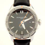Baume & Mercier / Clifton Club - Gentlmen's Steel Wrist Watch