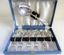 Vintage Cased Set Silver Plated Pastry/Dessert Forks & Spoons