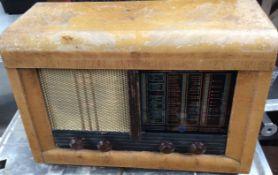 Vintage Pilot Mariner Valve Radio
