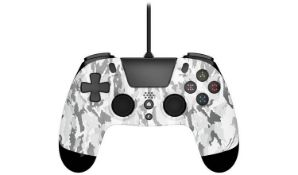 (R14E) 6x Gioteck VX4 Premium Wired Controller For PS5, PS4 & PC RRP $20 Each. (2x Camouflage, 1x