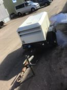 Doosan 2 tool fast tow compressor