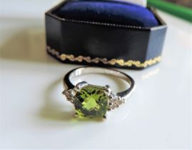 Sterling Silver 2.9 ct Peridot & Sapphire Ring New with Gift Box