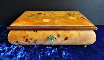 Sorrento Inlaid Maple Wood Musical Jewellery Box