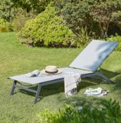 (5P) 2x Sun Lounger With Wheels . Powder Coated Steel Frame. (H34x W195x D63cm). Both Units Appear