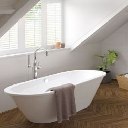 New (H2) Savoy 1700 mm x 755 mm Double Ended White Freestanding Bath. RRP £2,499.The Savoy Do...