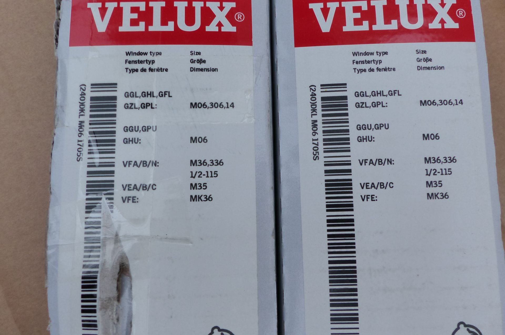 2 Velux Blinds - Image 2 of 2