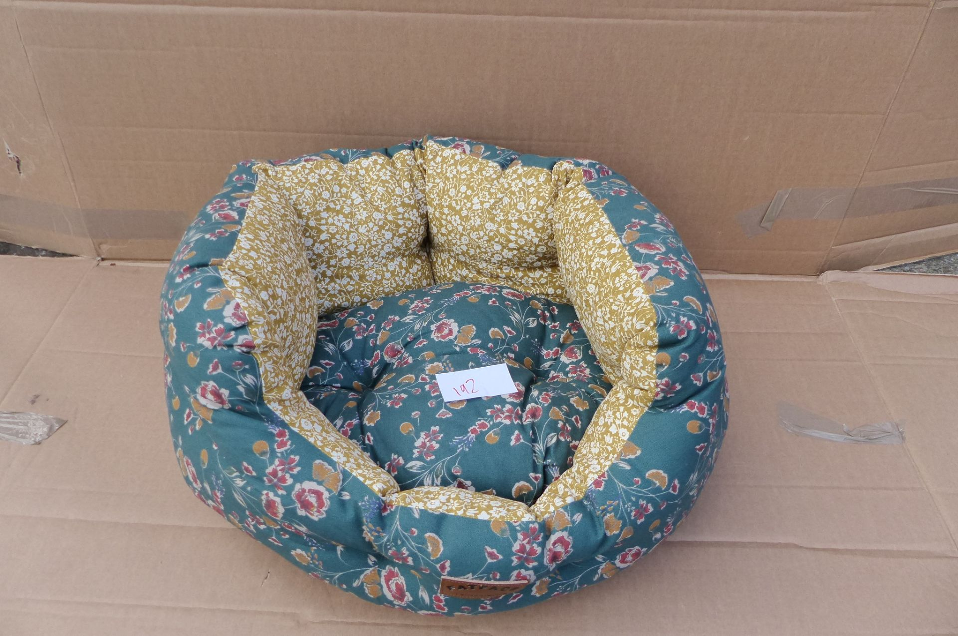 FatFace Dog bed 18 inches SKU192