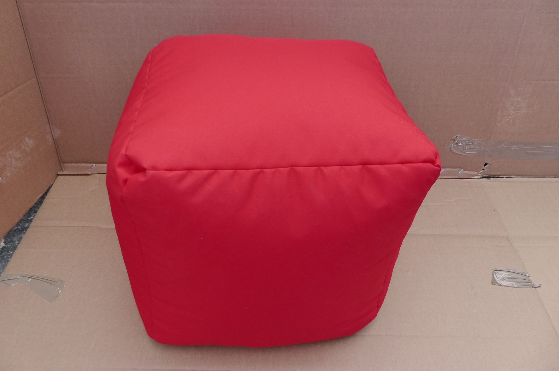 Rucomfy Indoor / Outdoor Bean Cube Red