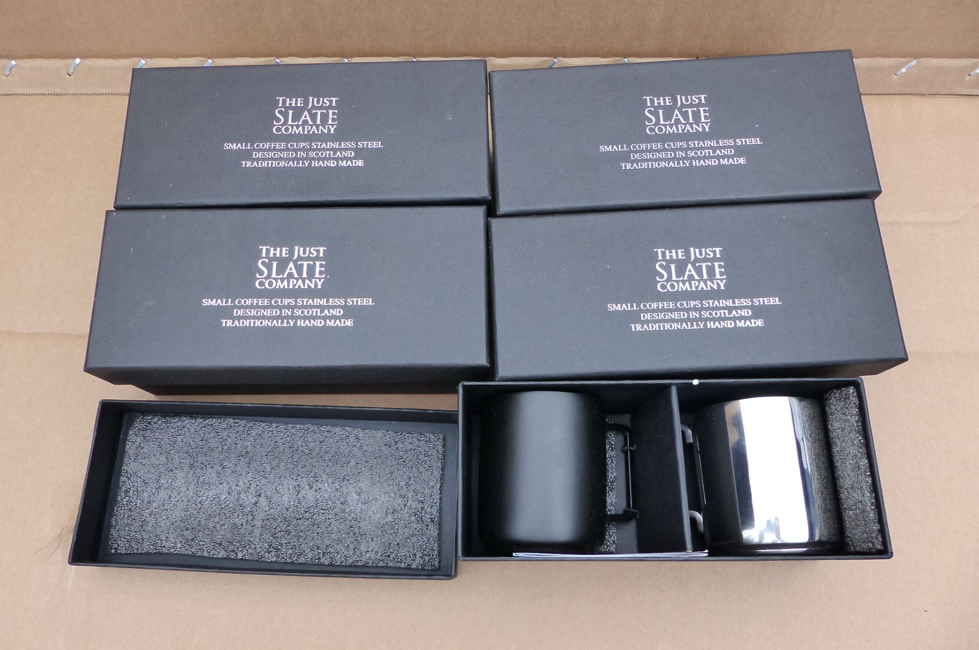 5 x Just Slate Company Black and Silver Mugs In gift box - Image 2 of 2