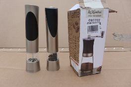 Cole & Mason Salt & Pepper mills and coffee grinder