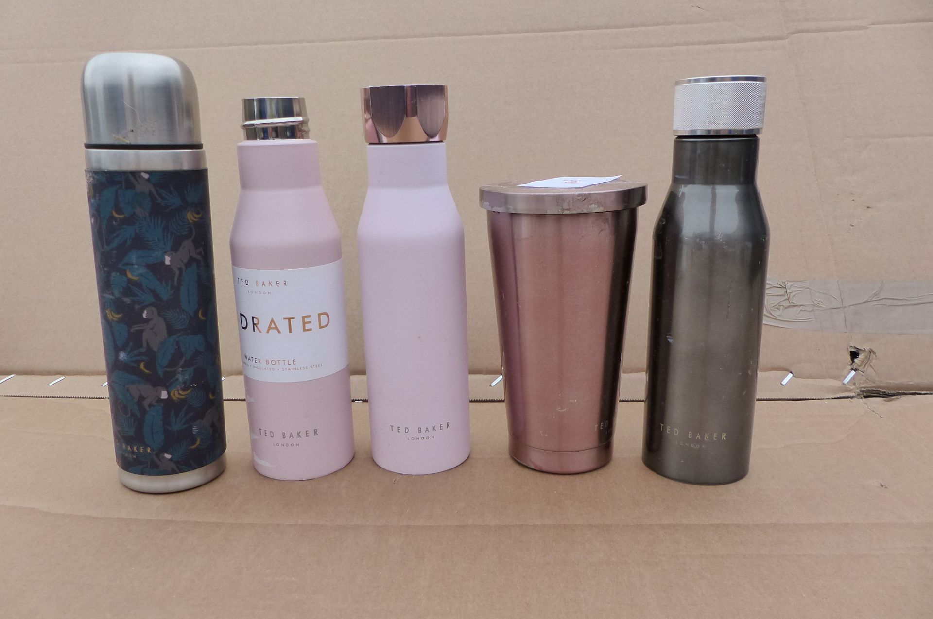 5 Ted Baker water bottles and flask