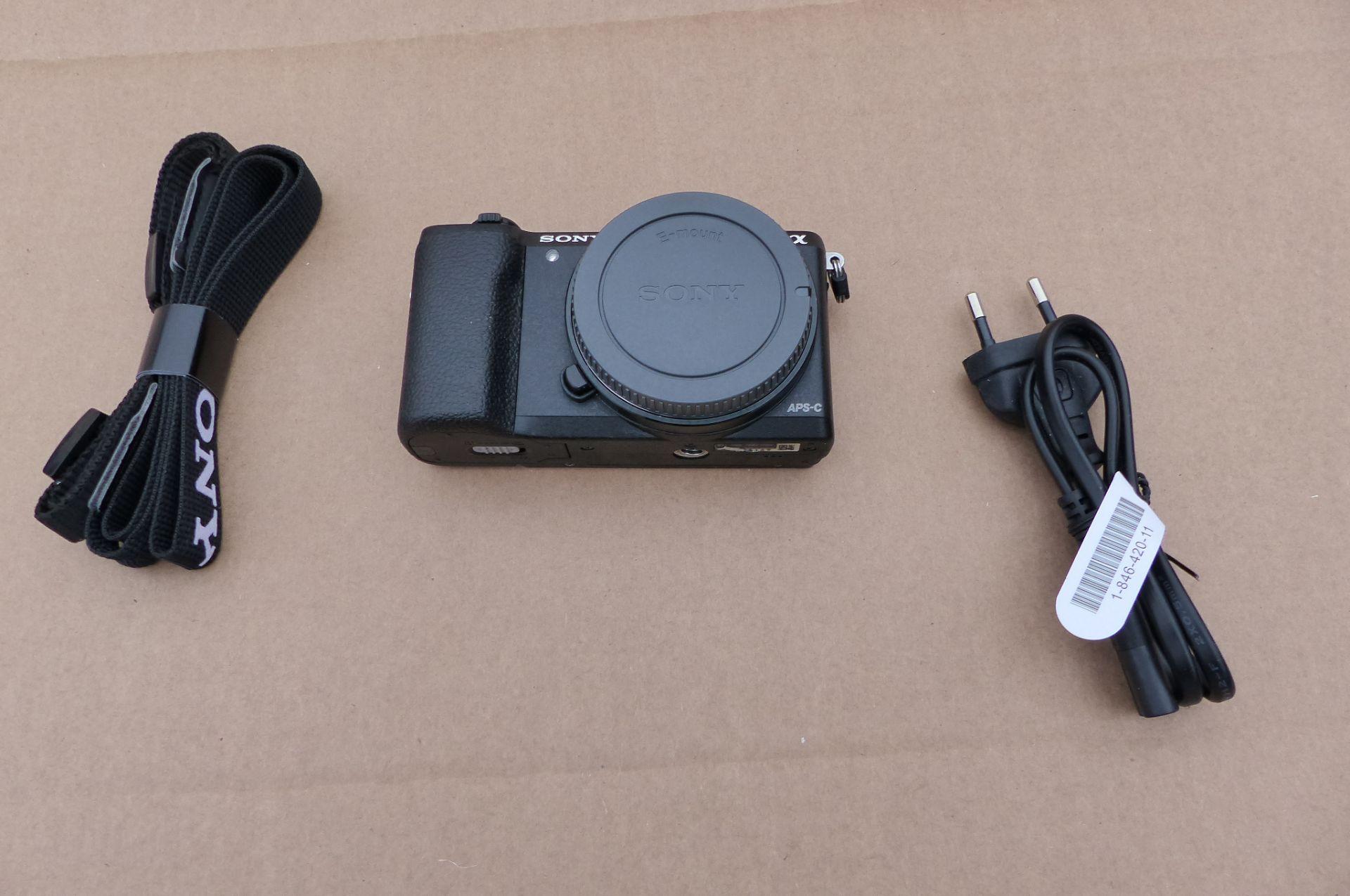 Sony 5100 camera - Image 2 of 3