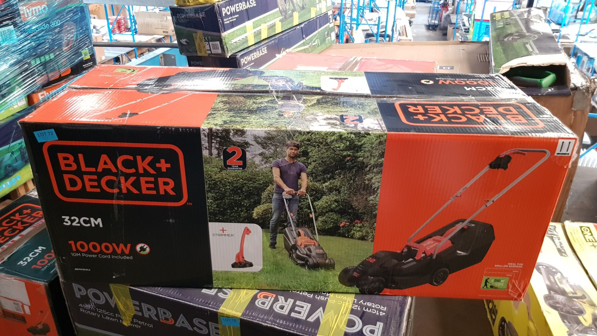 (P5) 1x Black & Decker 32cm 1000W Corded Lawn Mower. Contents Appear Clean, Unused. (Please Note – - Image 3 of 5