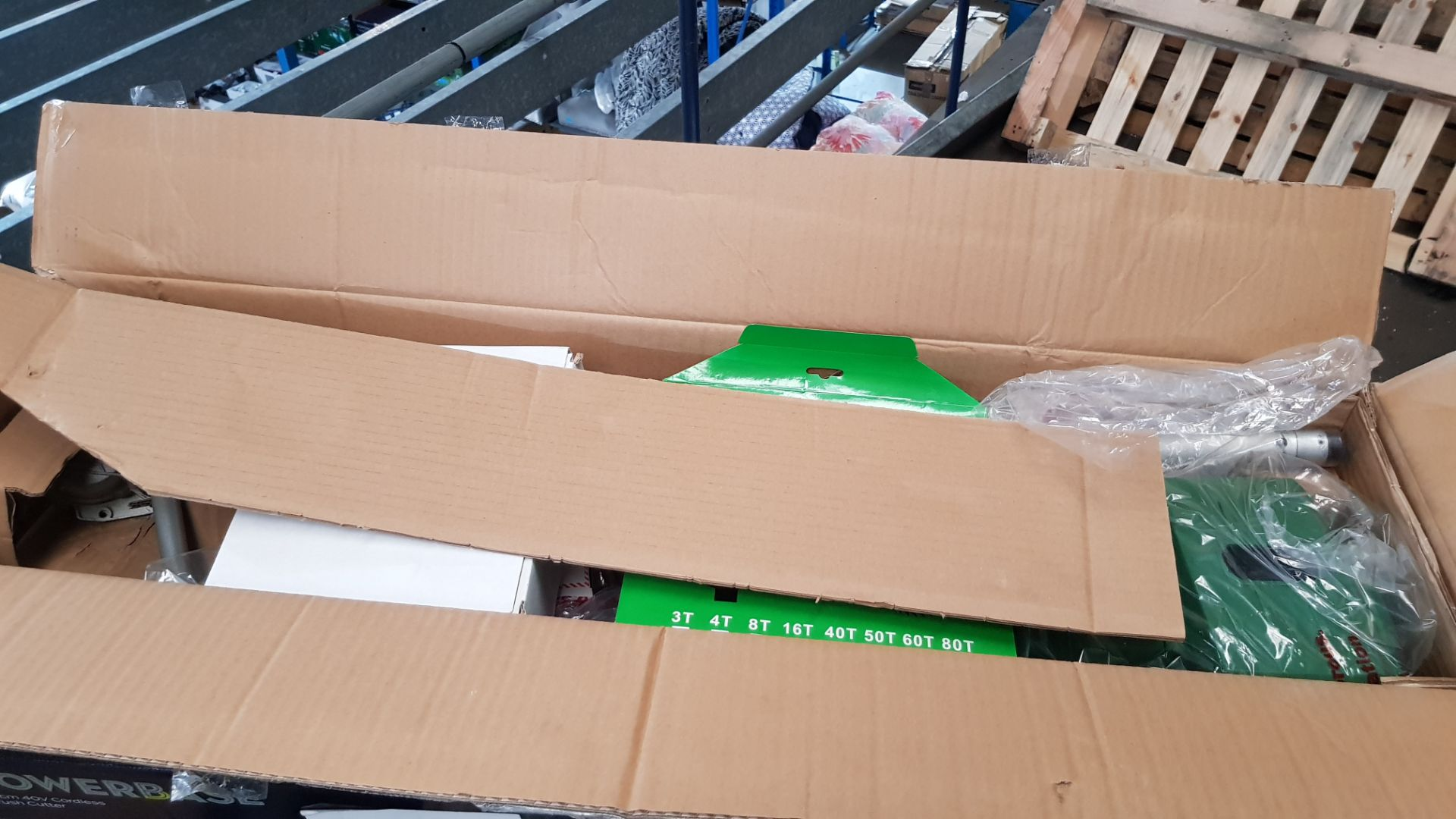 (P9) 1x Powerbase 34cm 40V Cordless Brush Cutter RRP £129. Contents Appear Clean, Unused With Batt - Image 4 of 6