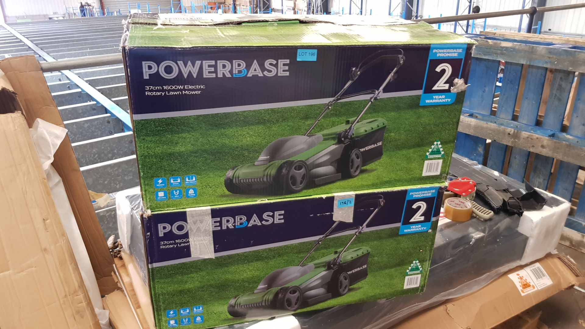 (P7) 2x Powerbase 37cm 1600W Electric Rotary Lawn Mower RRP £99 Each. - Image 3 of 3