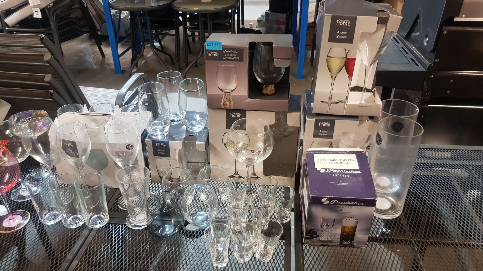 Glass Lot – Approx. 65x Items. To Include 16x Wine Glasses. 3x Large Gin Glasses. 12x Soda Glasses. - Image 20 of 21