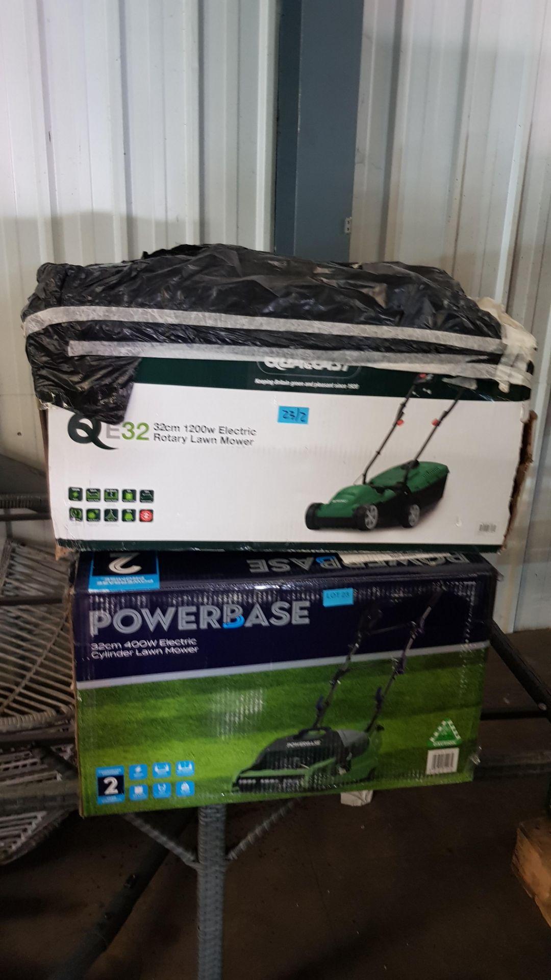 (P9) 2x Items. 1x Powerbase 32cm 400W Electric Cylinder Lawn Mower. RRP £89. 1x Qualcast 32cm 1200 - Image 3 of 3
