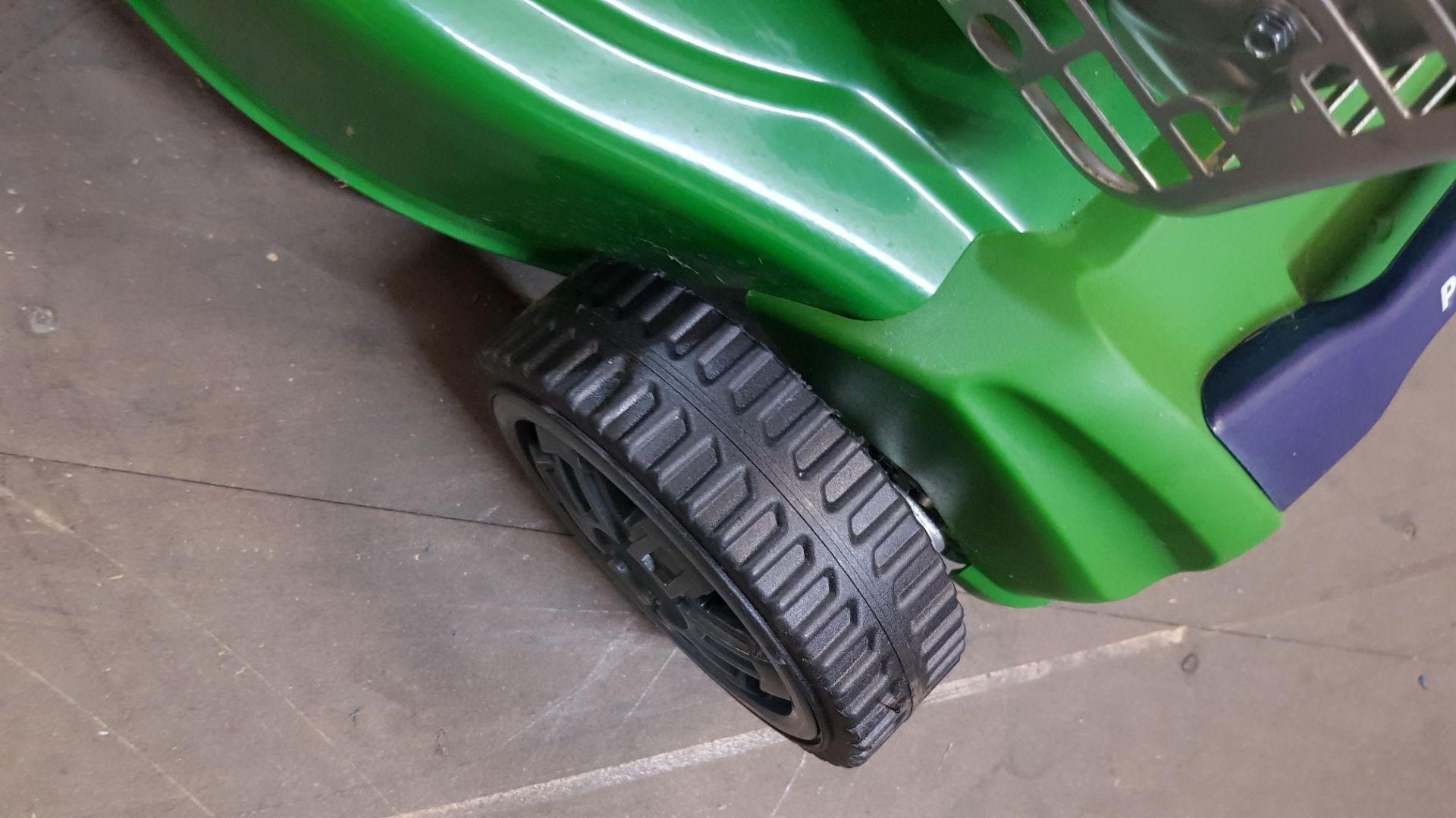 (P10) 1x Powerbase 41cm 125cc Push Petrol Rotary Lawn Mower (XSS41D) RRP £199. New, Clean Unused I - Image 6 of 8