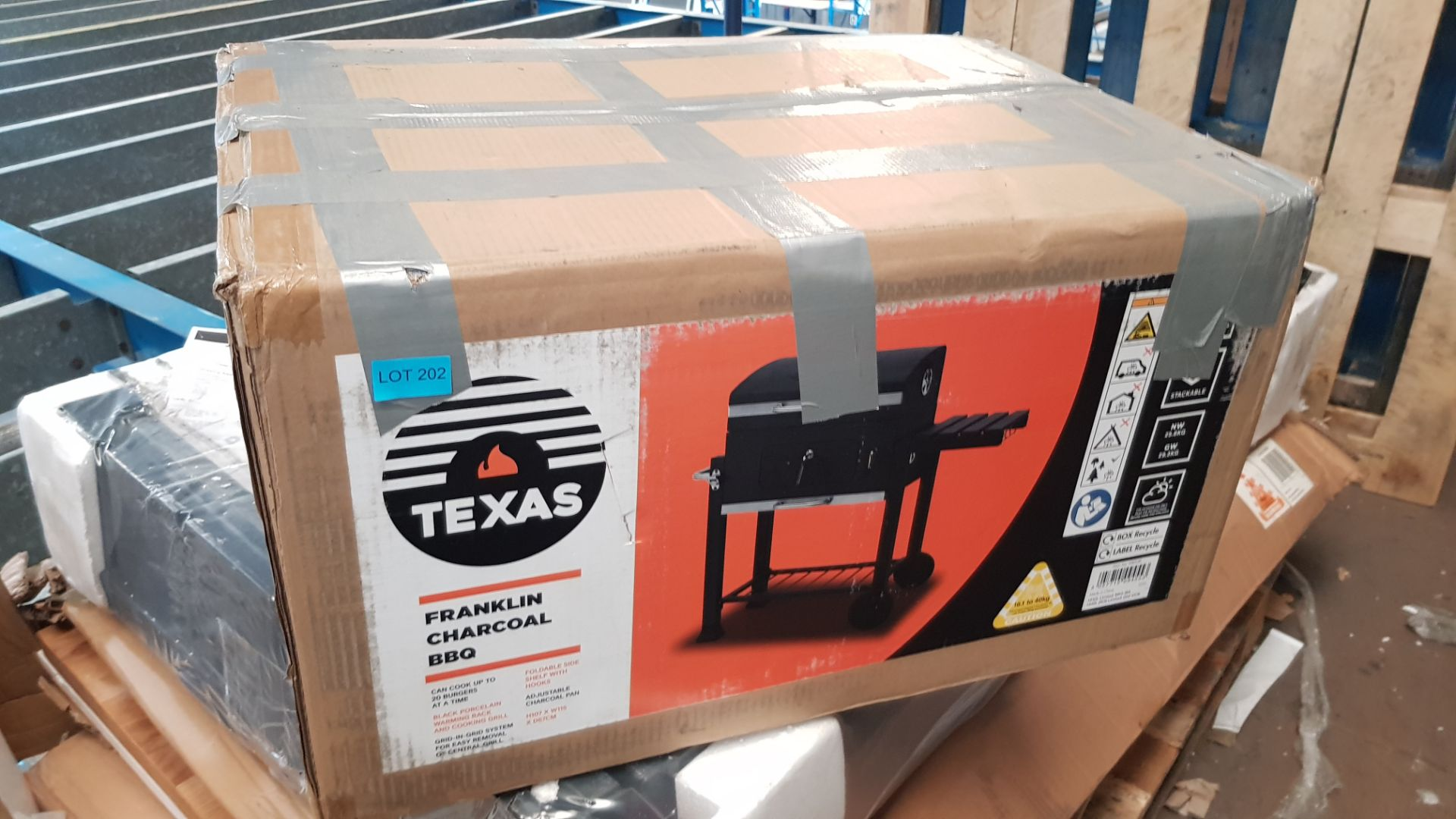 (P7) 1x Texas Franklin Charcoal BBQ RRP £75. (H107x W115x D67cm). Contents Appear As New – Not Prev - Image 3 of 5