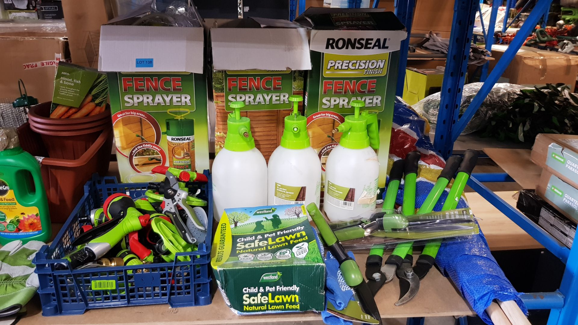 (3B) Gardening Lot – Contents Of Shelf. To Inc 3x Ronseal Precision Finish Fence Sprayer. Mixed Unw - Image 7 of 15