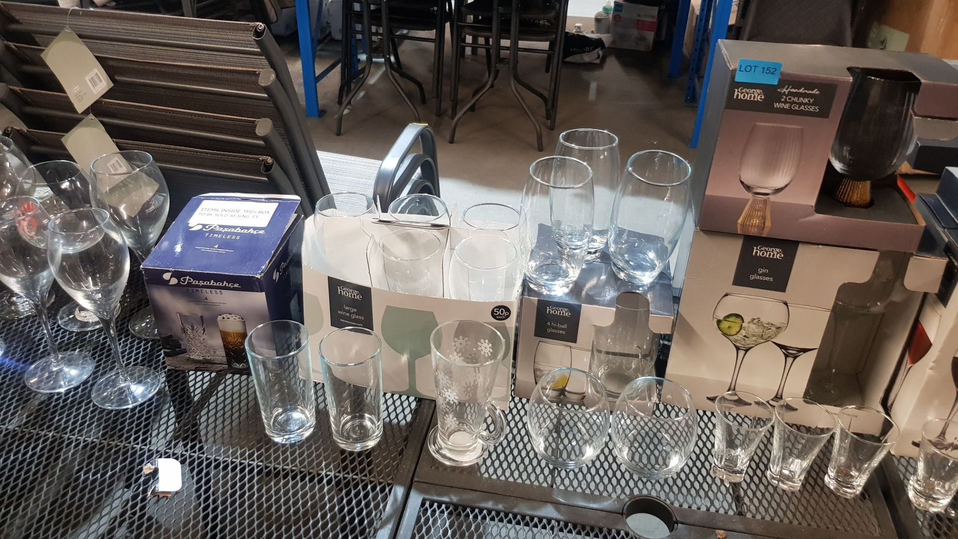 Glass Lot – Approx. 65x Items. To Include 16x Wine Glasses. 3x Large Gin Glasses. 12x Soda Glasses. - Image 7 of 21