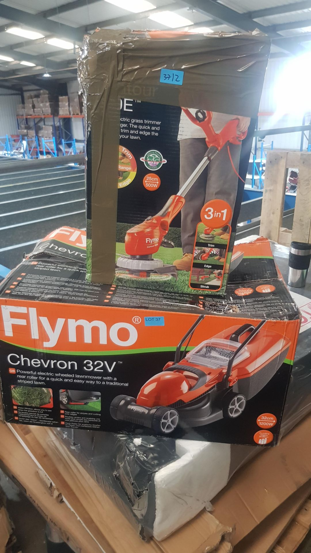 (P8) 2x Flymo Items. 1x Chevron 32V Electric Wheeled Lawnmower. 1x Contour 500E 3 In 1 Trimmer. - Image 3 of 3