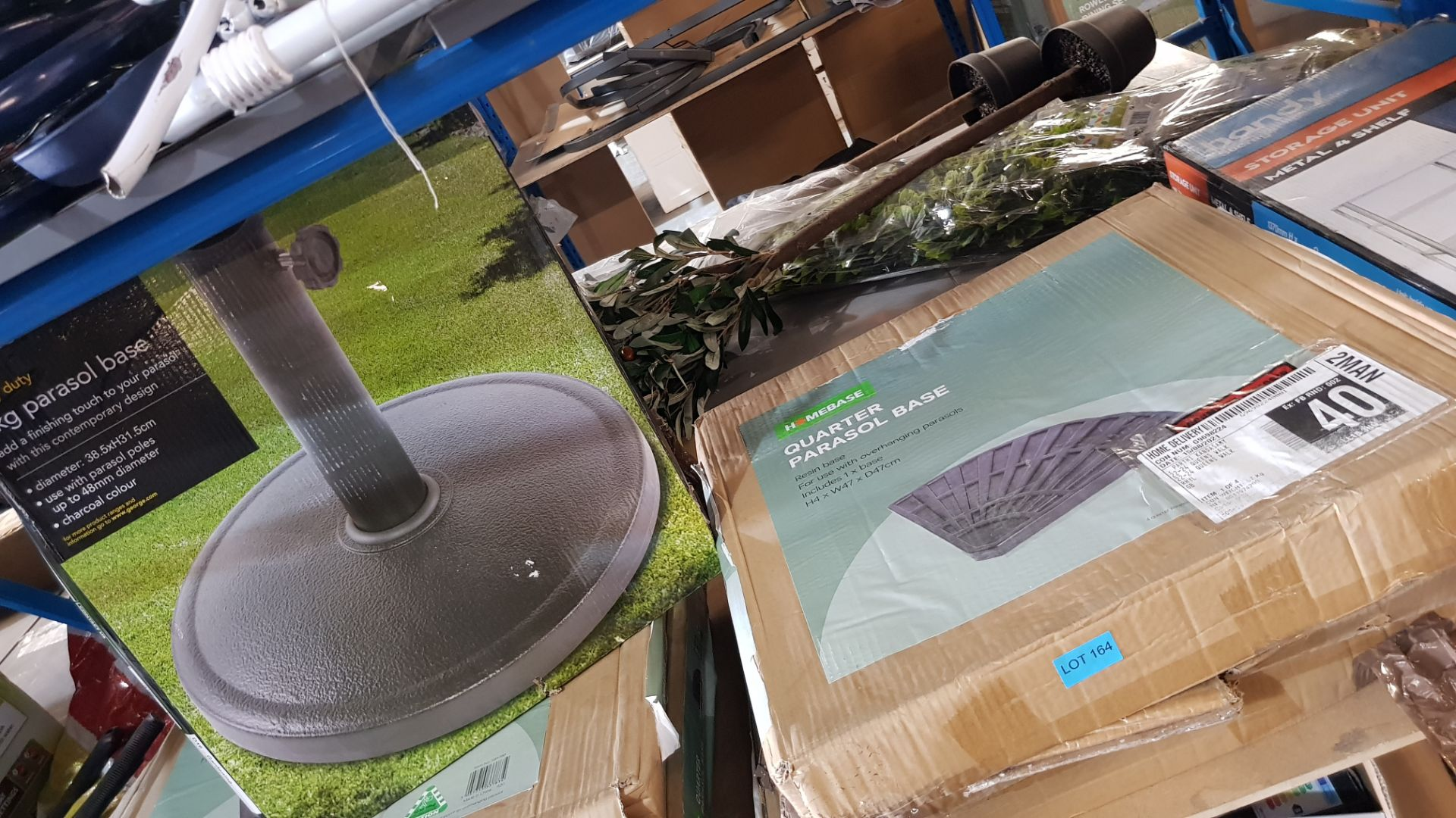 (3A) 4x Items. 3x Quarter Parasol Base (H4x W47x D47cm). 1x Heavy Duty 8kg Parasol Base (Dia 38.5) - Image 3 of 3