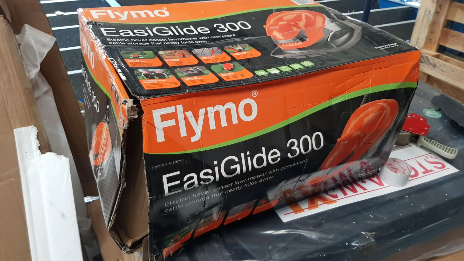 (P6) 1x Flymo EasiGlide 300 Hover Collect Lawnmower RRP £99. New Item – Damage To Box. - Image 4 of 4